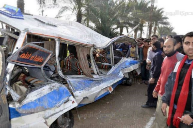 صور حادث اتوبيس مدرسة بمحافظة البحيرة بدلتا نيل مصر اودى بحياة 13 تلميذ