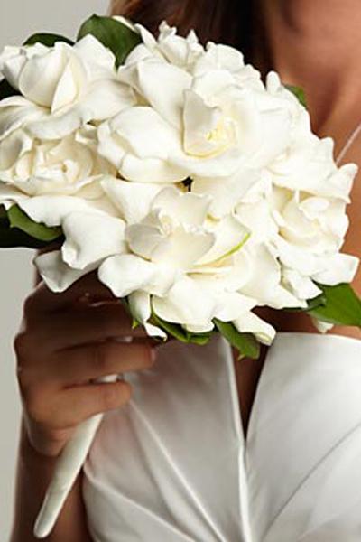 صور باقات ورد للعرائس ابتعدي عن باقات الورد التقليدية