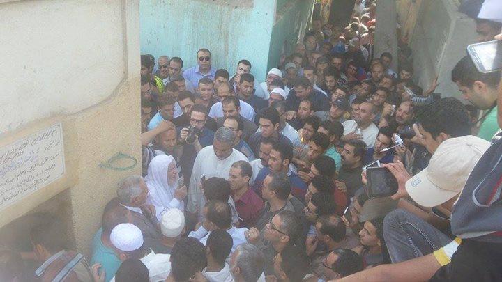 صور تشييع جنازة الدكتور طارق الغندور وسط جموع حاشدة