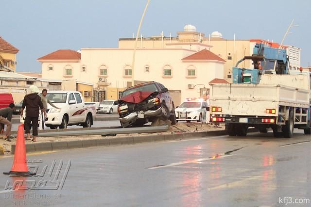 وفاة شخصين في طريق أبرق الكبريت ونجاة أخرين نتيجة الأمطار اليوم 1436