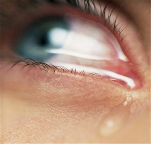 أهمية البكاء