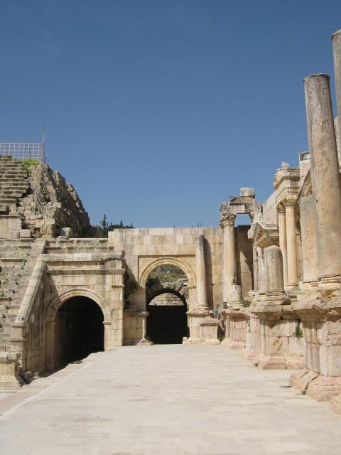 معلومات و صور مدينة جرش جراسا القديمة