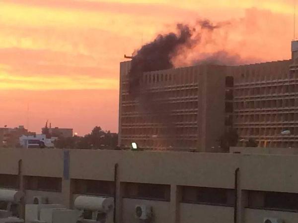 عاجل بنغازي الاثنين 8-2-2014 سقوط قذيفة عشوائية علي مستشفي 1200