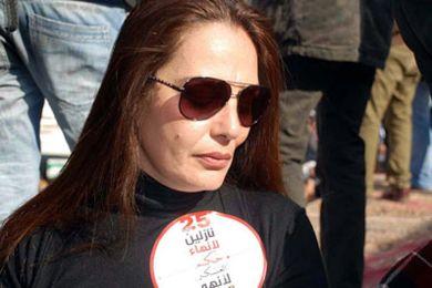 بعد حكم براءة مبارك شيريهان تهاجم مبارك بكلمات نارية