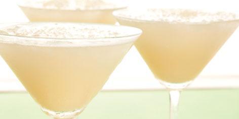 طريقة تحضير عصير الجوافة بنكتار العنب الأبيض