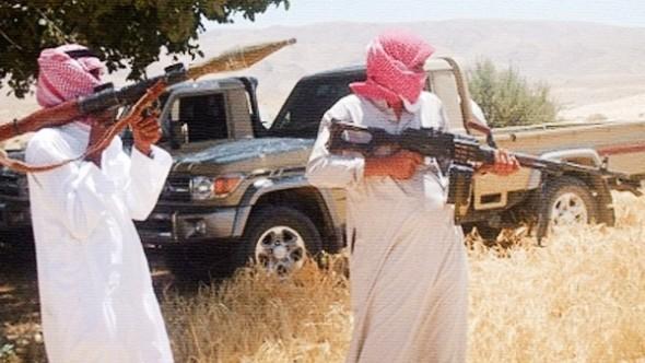 مصرع جنديين في هجوم لمسلحين بالقرب من قسم العريش