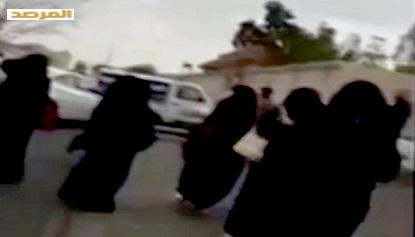 صور وفيديو وتفاصيل طالبات جامعة الطائف يرقصن ويتعاطين السجائر 1436