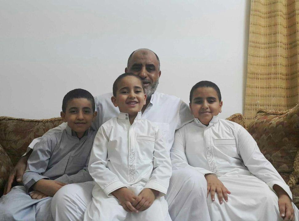 صور و معلومات عن الطفل أحمد ياقوت أصغر حفاظ القرآن الكريم بجدة