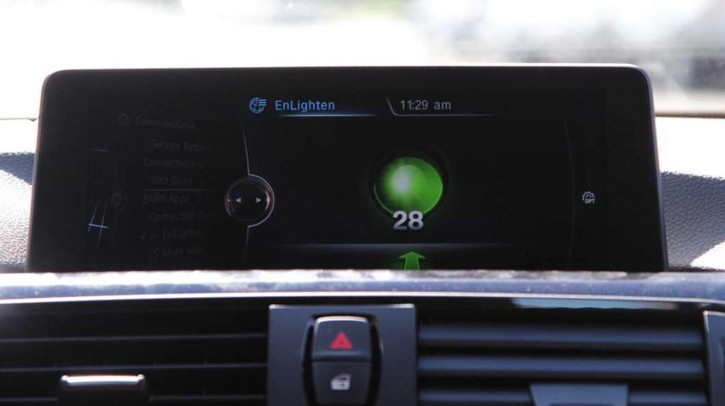 شركة BMW ستساعدك في توقع تغيير إشارات المرور
