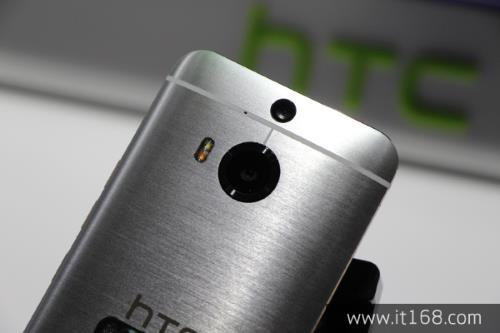 سحب جوالات HTC One M9 بلس من هولندا بسبب عطل في اتصال 4G