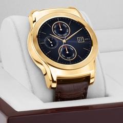 إل جي تكشف عن ساعتها الذكية Urbane Luxe المطلية بالذهب