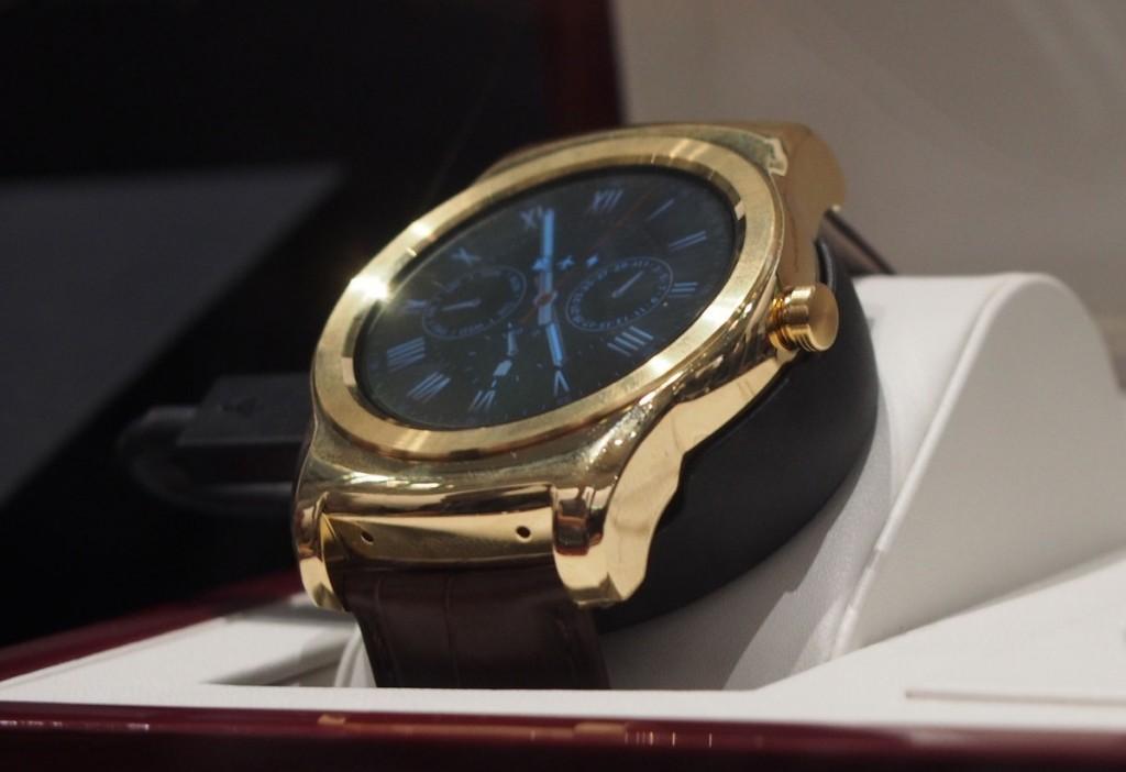 �� �� ���� �� ������� ������ LG Watch Urbane Luxe