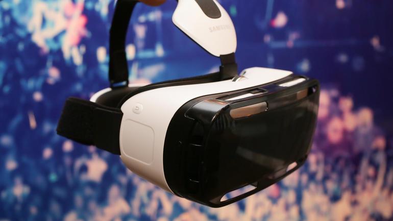 إطلاق Gear VR بسعر 99 دولار من سامسونج