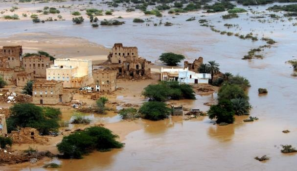 تاثير اعصار شابالا على اليمن اليوم الاثنين 2-11-2015