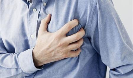 تحذير 3 علامات تنذركم بقرب الإصابة بالنوبة القلبية