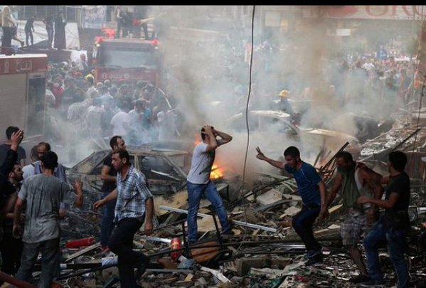 بالصور و الفيديو ارتفاع حصيلة تفجيري الضاحية إلى 41 قتيلا وأكثر من 200 جريح