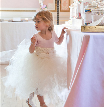 صور فساتين زفاف للاطفال 2018 - صور ازياء عرايس لطفلة 2018 - احدث فساتين افراح للبنات صغيرة 2018
