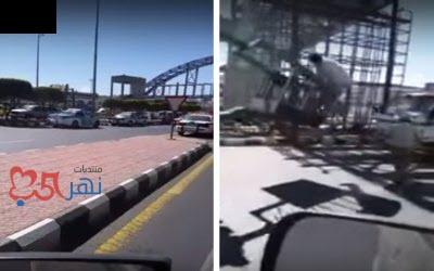 بالفيديو لحظة سقوط جسر مشاة على طريق أبها خميس مشيط