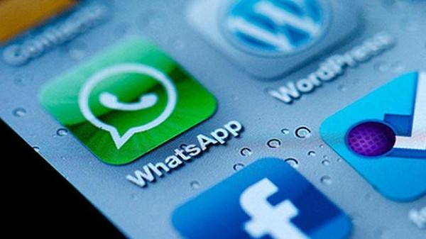 تحديث تطبيق واتساب على iOS يجلب معاينة الروابط والرسائل المميزة بنجمة