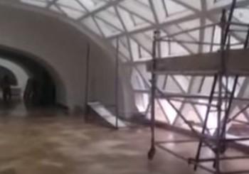 شاهد فيديو دخول مياه الأمطار لمطار الملك عبد العزيز بجدة