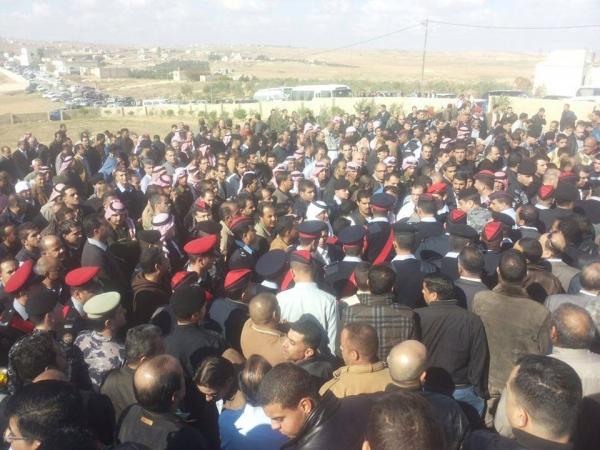 جنازة تشييع جثمان النقيب زياد المشاقبة الجرايدة الى مثواه الأخير