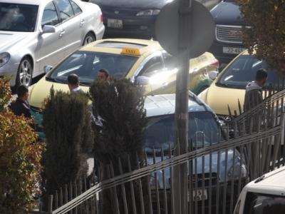بالصور حادث سير يتسبب بأزمة خانقة في شارع الجامعة الأردنية بتاريخ اليوم 19-11-2015