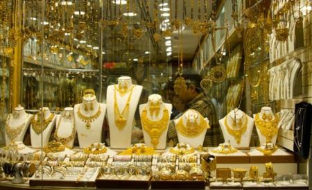 طلب ضعيف على الذهب رغم تراجع الأسعار خلال الشهر الحالي