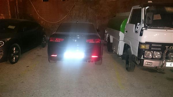 تقبيل وعناق وأعمال لا أخلاقية بين شاب وفتاة بشارع الوكالات العاصمة عمان