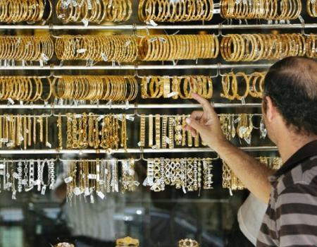 جرام الذهب ينخفض دينارين آخر 5 أسابيع في الأردن