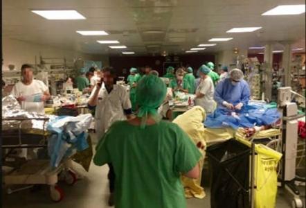 هجمات باريس صورة بألف كلمة التقطها طبيب بمستشفى