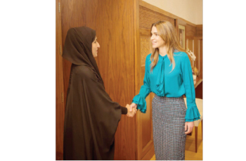الملكة رانيا العبدالله تبدي اهتمامها ودعمها لمشروع تحدي القراءة العربي