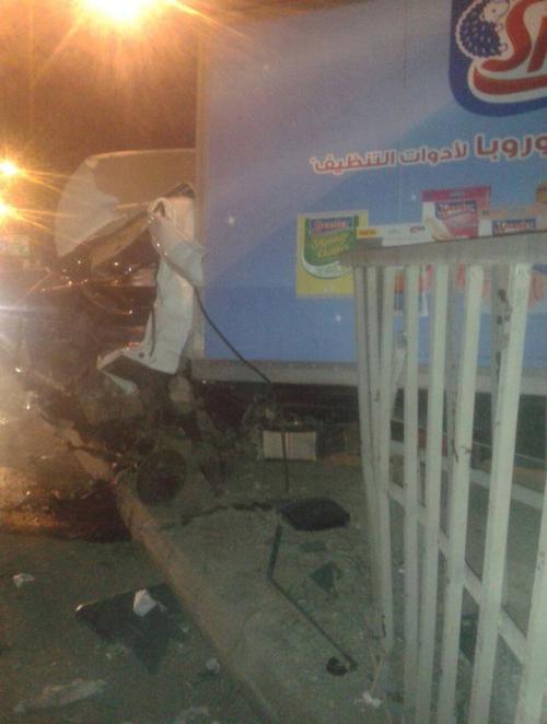 صور حادث مروع على اتوستراد الزرقاء