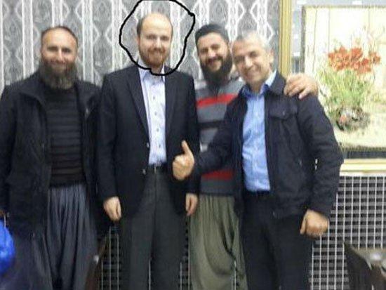 صور نجل اردوغان بلال مع عناصر داعش وهروبه الى إيطاليا