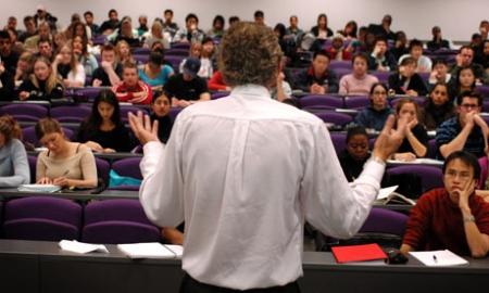 استقالة دكتور في احدى الجامعات الاردنية بسبب طالبة