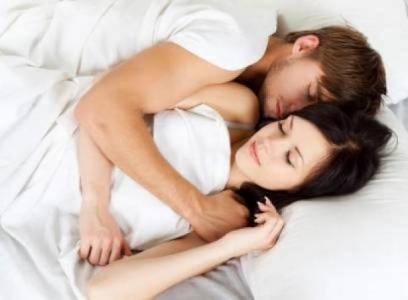 لا تناموا بجانب أزواجكم لاسباب لا تعرفها