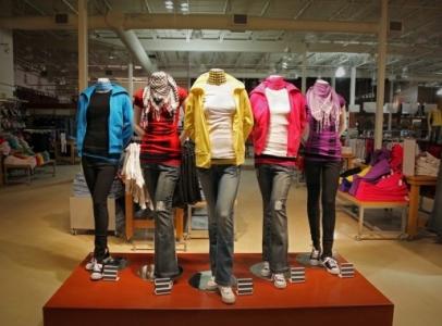 قرار حكومي بتخفيض الضريبة على الملابس الى 8% في الأردن