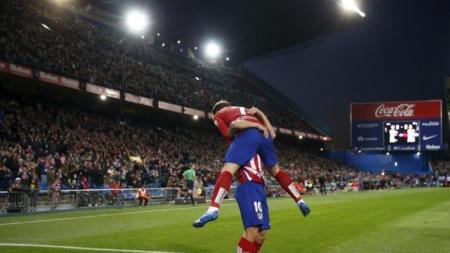 أتلتيكو مدريد يضع قدما في دور 16 لمسابقة كأس إسبانيا لكرة القدم