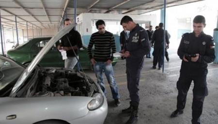 ما معي ارخص خذوا سيارتي شعار الاردنين بعد رفع اسعار الترخيص
