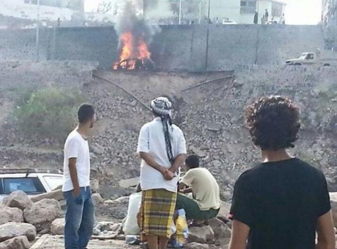 بالفيديو - شاهد لحظة اغتيال محافظ عدن
