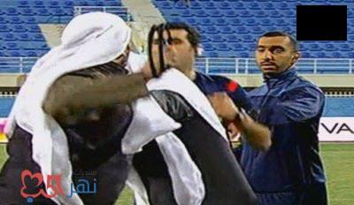 شاهد فيديو ضرب طاقم حكام مباراة الجهراء وخيطان بالكويت