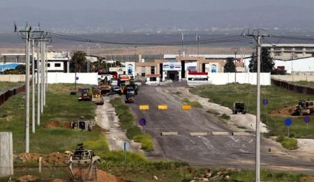شاهد الحرة الأردنية السورية تتحول إلى خرابات ومستودعات منهوبة