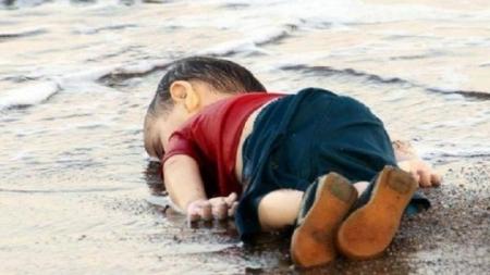 الحكم على المتسببين بغرق اللاجئ السوري إيلان الكردي مدة