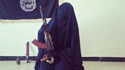بالتفاصيل سعودية داعشية أم أويس طالبة الماجستير 27