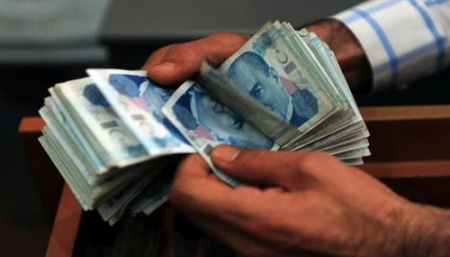 الليرة التركية تهبط لأدنى مستوى في شهرين أثار برنامج الحكومة الاقتصادي