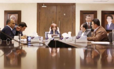 وزيرة الاتصالات مجد شويكة تتوقع إنجاز شبكة الألياف الضوئية في 2018