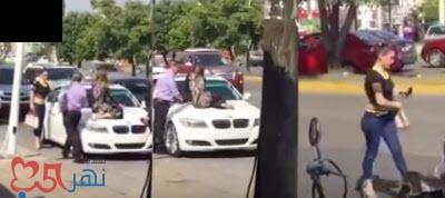 بالفيديو - شاهد كيف تصرفت امرأة ضبطت زوجها برفقة عشيقته