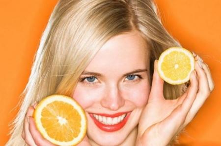 خلطة البرتقال والعسل للتخلص من حب الشباب