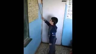 شاهد فيديو الطفل الحايك الذي اثار اعجاب الجميع في روضة النبراس الاسلامية