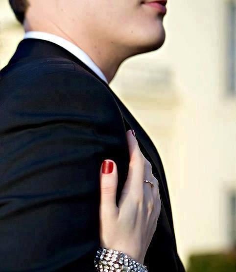 عبارات رومانسية للازواج - رسائل حب للمتزوجين - مسجات غزل للمتزوجين
