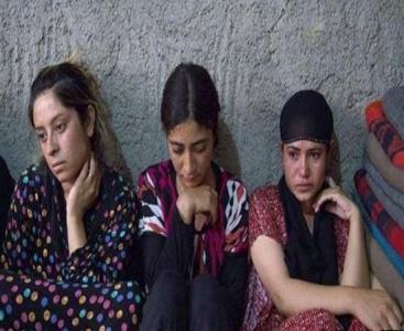 شاهد بالفيديو أين كان يحتجز داعش الإيزيديات في سوريا
